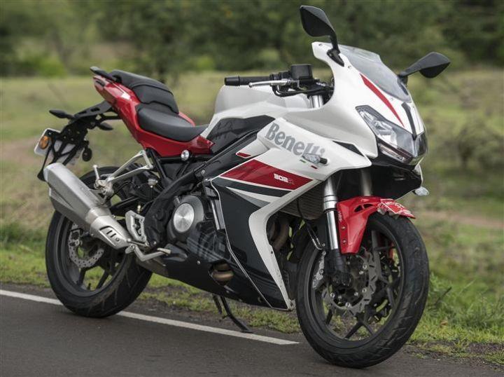 Benelli 300cc bikes price cut