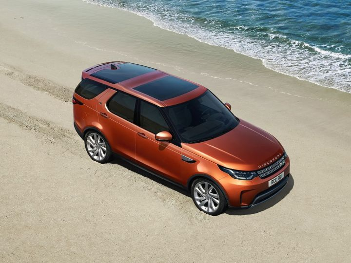 Discover Car Lot >> 5 New Features Of The Land Rover Discovery Zigwheels