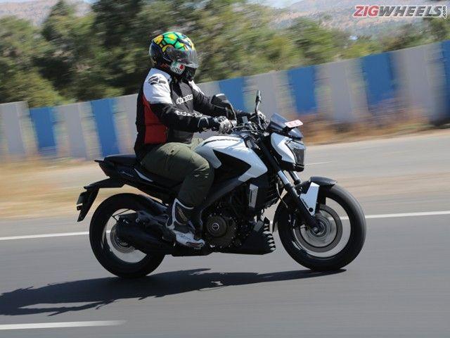 Bajaj Dominar 400: Action Pic