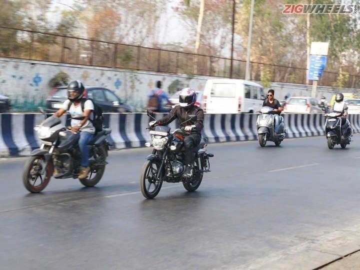 Bajaj V-15: Action Pic