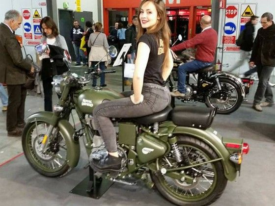 Royal Enfield Unveils Euro-4 Compliant Bullet and Continental GT