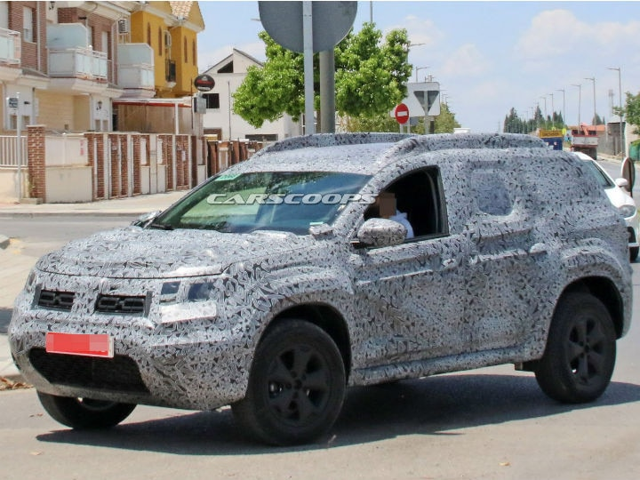 2018 renault duster spied zigwheels. Black Bedroom Furniture Sets. Home Design Ideas
