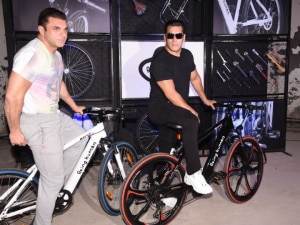 Being Human E Cycle Launched At Rs 40 000 Zigwheels