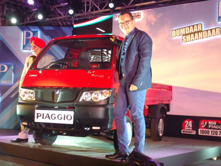 piaggio launches porter 700 lcv at rs 3.18 lakh - zigwheels
