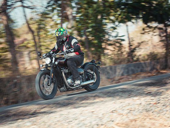 Triumph Bonneville Bobber - Road Test Review
