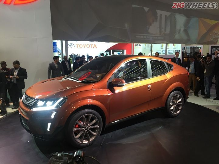 Mahindra XUV Aero At 2016 Auto Expo