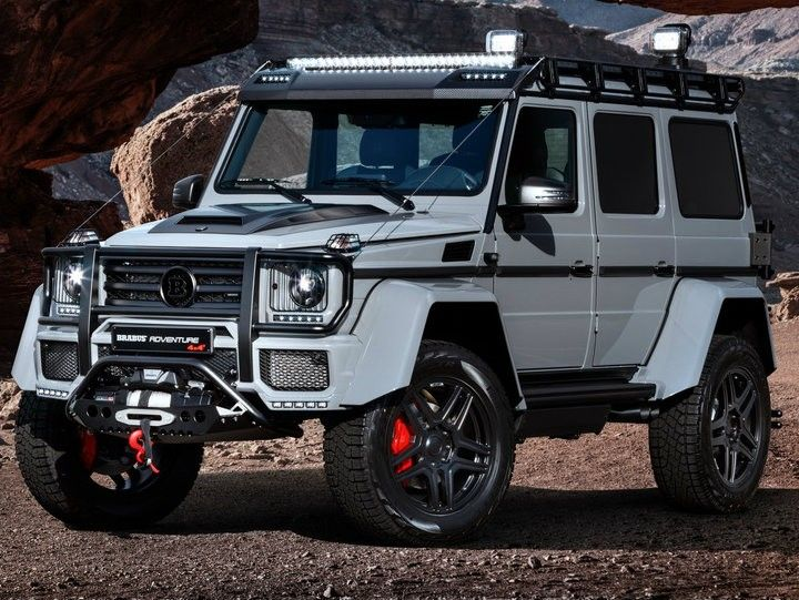 Geneva motor show 2017 brabus shows off custom g wagon for Mercedes benz 4x4 g class