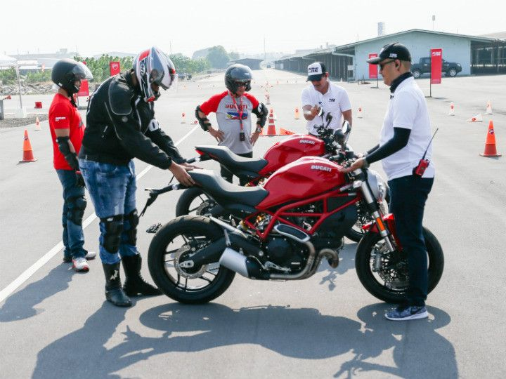 ducati monster 797 & ducati riding experience - zigwheels