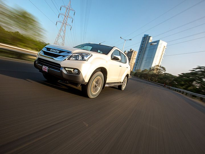 Isuzu MU-X driving on the road