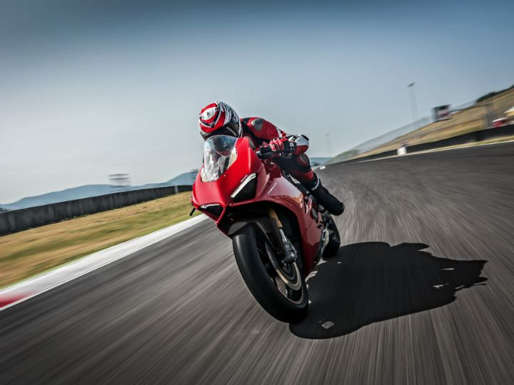 Ducati Panigale V4 Hits Production