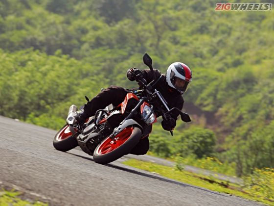 2017 KTM 390 Duke: Road Test Review