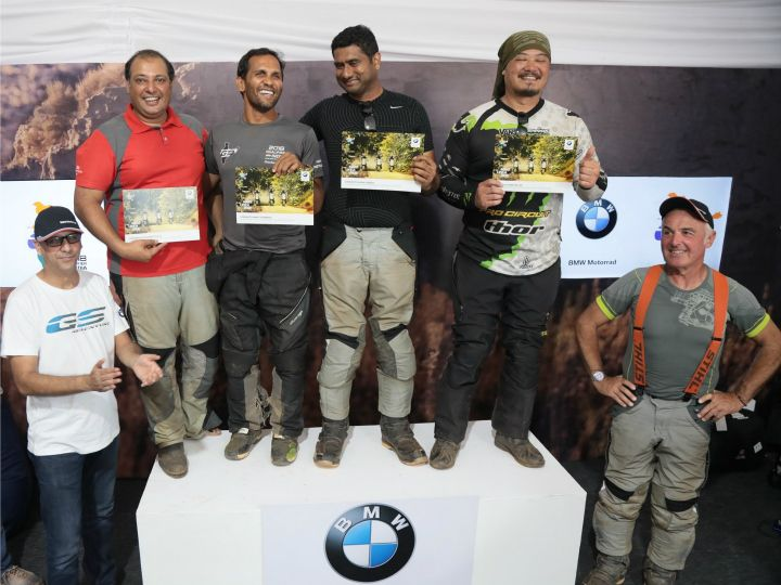 Winners on the podium with the organizers and BMW officials