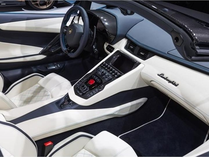 Lamborghini Aventador S Roadster: Unveiled In Frankfurt, Launched In on lotus elise roof, ktm x-bow roof, fiat 500x roof, bugatti veyron roof, porsche boxster roof, nissan leaf roof, jaguar xj roof, maybach roof, bmw m3 roof, caterham 7 roof, jeep wrangler roof, volkswagen golf roof, dodge ram roof, honda accord roof, ferrari 458 spider roof, ford mustang roof, porsche 918 roof, ariel atom roof, jeep grand cherokee roof, porsche panamera roof,