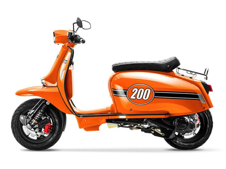 Scomadi scooter to hit indian shores zigwheels for Garage scooter paris