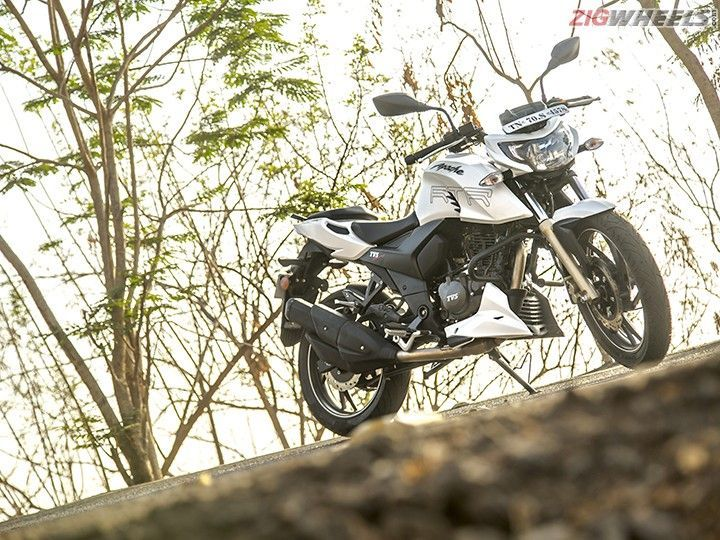 TVS Apache RTR 200 4V Enters Limca Book Of Records