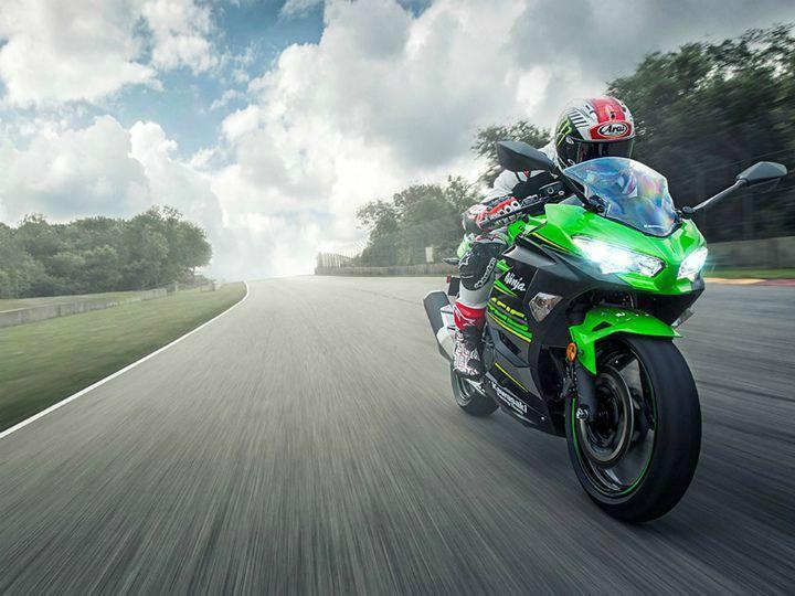 Kawasaki Ninja 400 4 Fast Facts Zigwheels