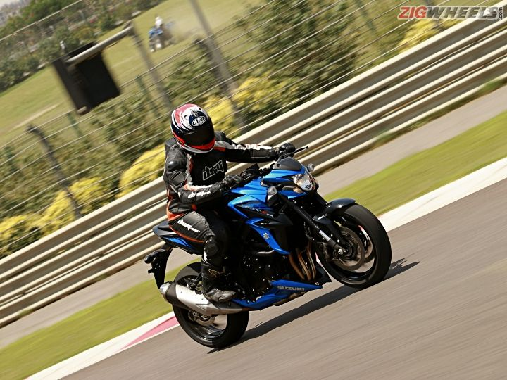 Suzuki GSX-S750: First Ride Review - ZigWheels