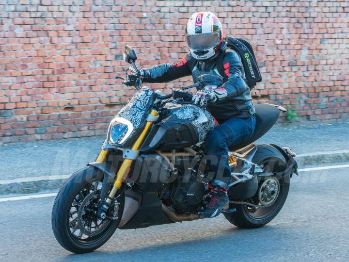 Incoming: 2019 Ducati Diavel