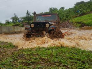 Dirty Dancing Mahindra Off-Roading Trophy 2017-18