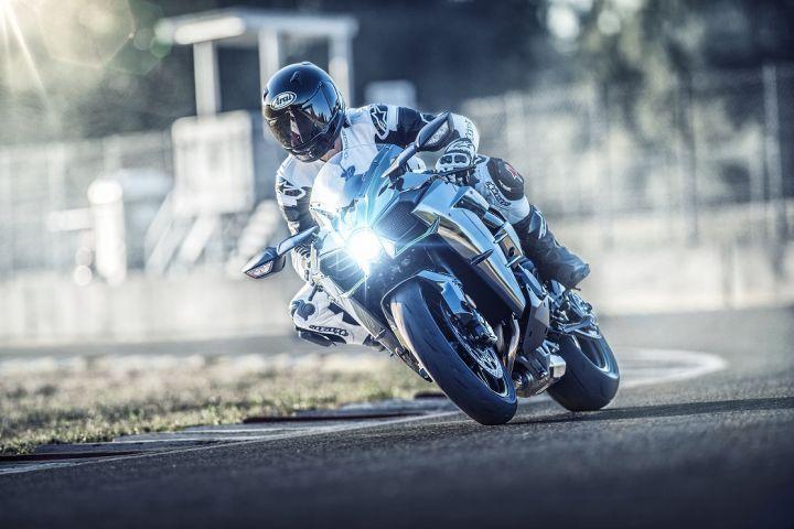 2019 Kawasaki Ninja H2 front