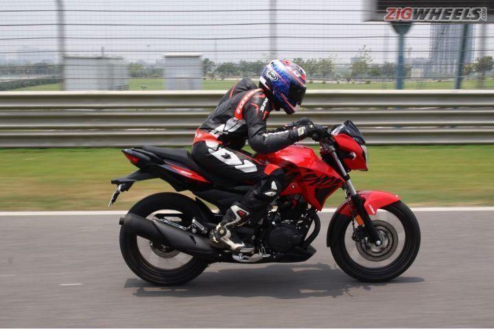 Hero Xtreme 200R action shot