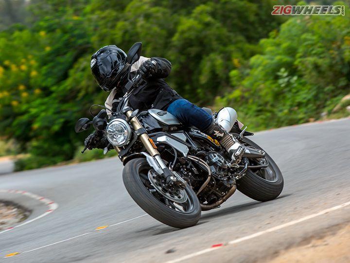 Ducati Scrambler 1100 corner