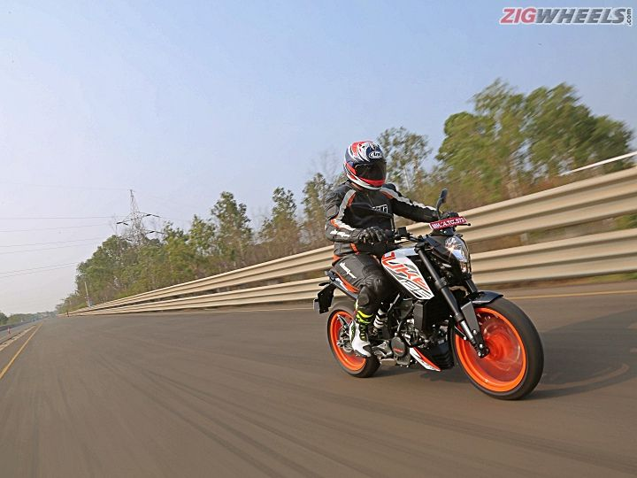 KTM 125 Duke First Ride Review