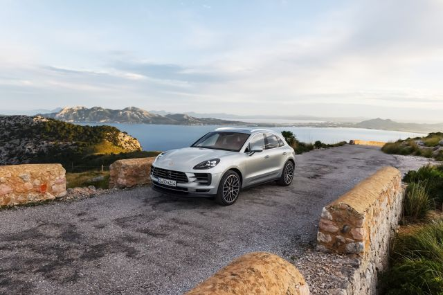 2019 Porsche Macan S Revealed Gets A New V6 Turbo Engine Zigwheels