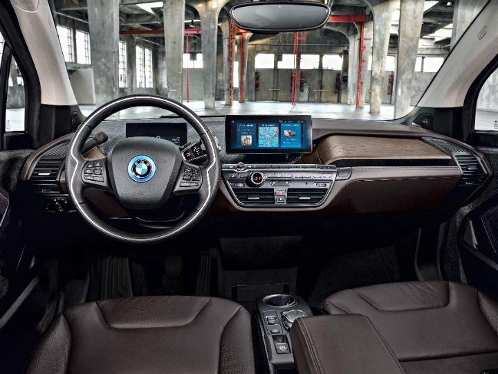 BMW i3S cabin
