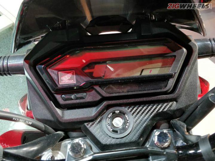 Honda-XBlade-Auto-Expo-18-3
