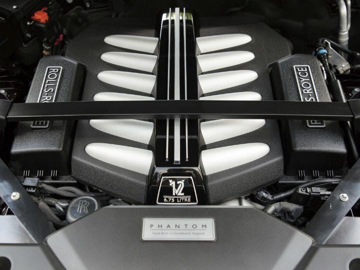 Rolla-Royce Phantom VIII Launched India