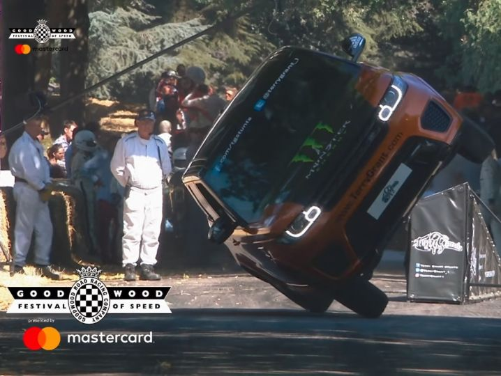 Range Rover Sport SVR On Two Wheels Sets New Record