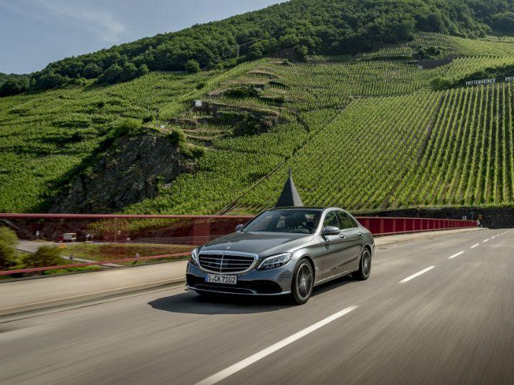 2018 Mercedes-Benz C-Class Facelift Review - ZigWheels