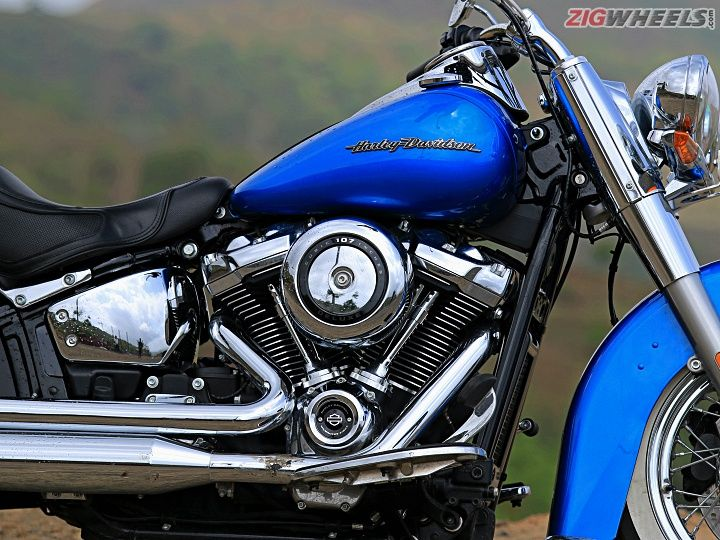Harley-Davidson Deluxe: Road Test Review - ZigWheels