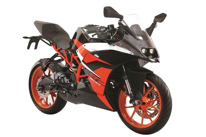KTM RC 200 Black front