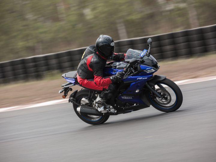 Yamaha R15 V3 0 Is Awesome: True Or False? - ZigWheels
