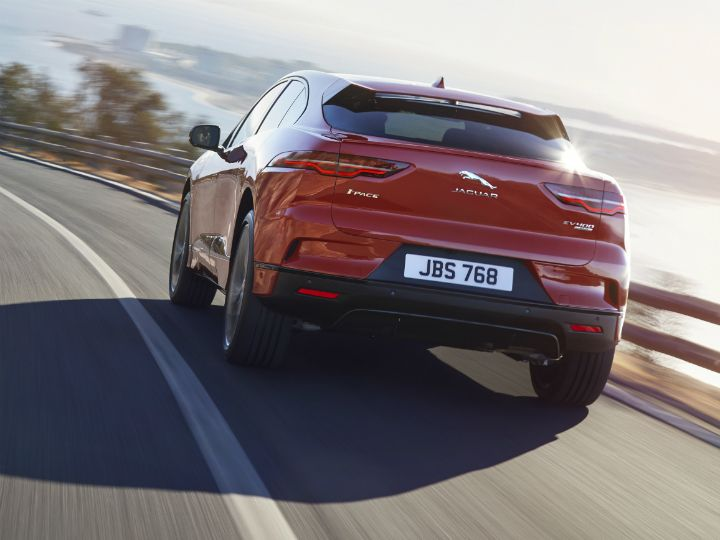 Jaguar I-Pace Tesla Model X Hunter