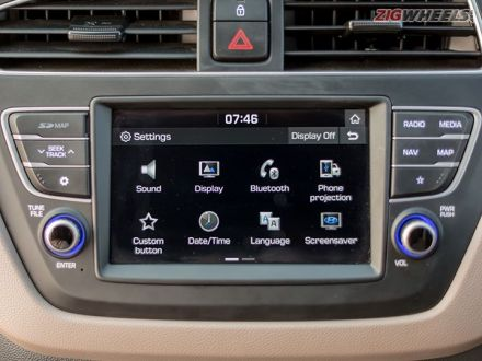 Pre-facelift Hyundai Elite i20 Gets Android Auto Update
