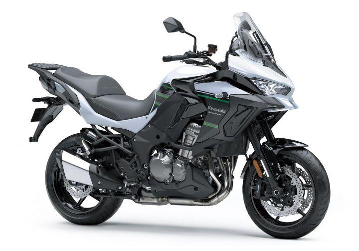 2019 Kawasaki Versys 1000 front angle