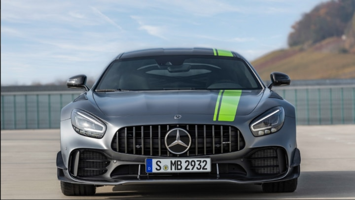 Mercedes Unleashes The Amg Gtr Pro 2018 La Auto Show Zigwheels