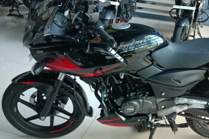Bajaj Pulsar 220F, 180 Updated For 2019 - ZigWheels