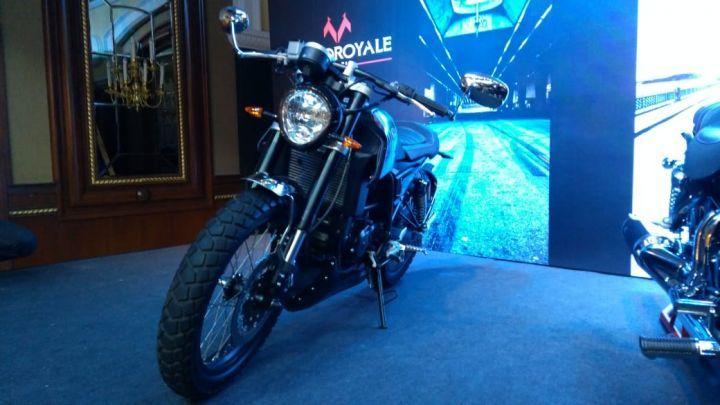 FB Mondial HPS 300 launch front