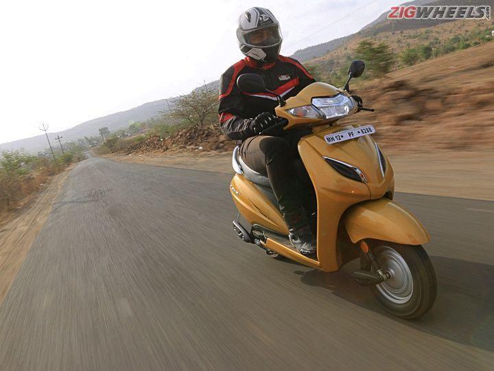 Honda Activa 5G front