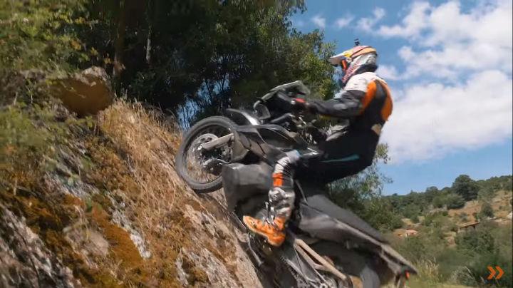 KTM 790 Adventure R images