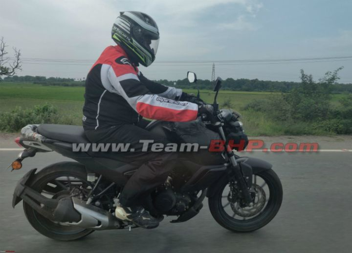 Next gen yamaha fz fi spied zigwheels for Garage yamaha paris