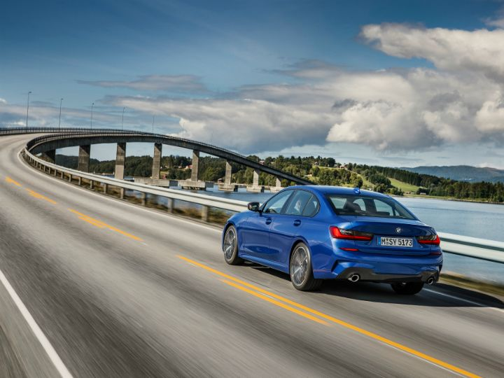 2019 Bmw 3 Series Unveiled At Paris Motor Show 2018 Zigwheels