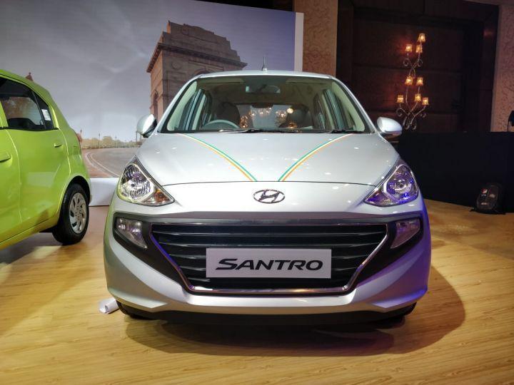 New Hyundai Santro Bags Over 23 000 Pre Bookings Zigwheels