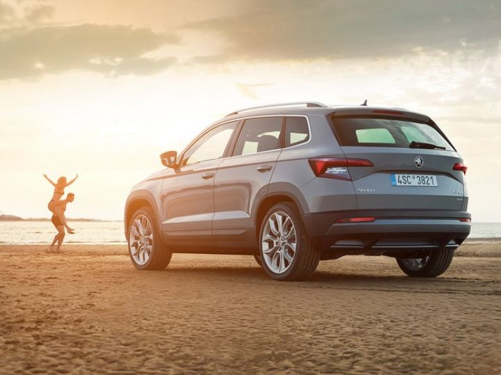 מאוד Skoda Karoq SUV Launch in 2020; To Rival Jeep Compass - ZigWheels BE-11