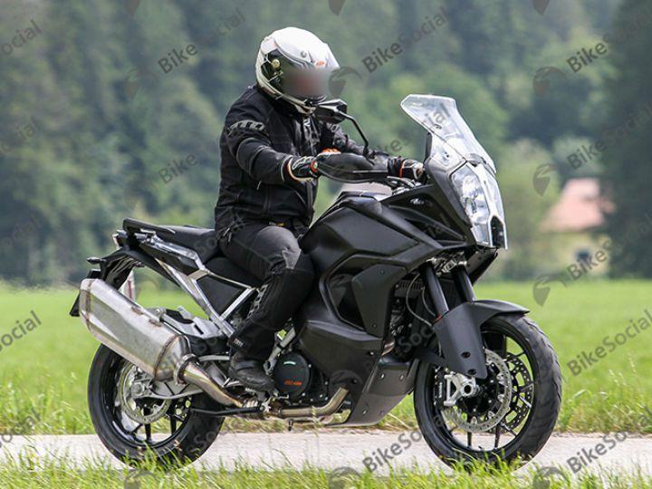 KTM 1290 Super Adventure spied
