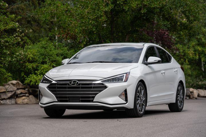 Hyundai Elantra Facelift To Launch By September Zigwheels